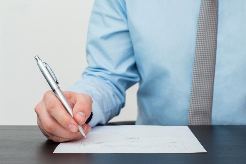 Profession libérale, ai-je le droit au regroupement de crédits ?