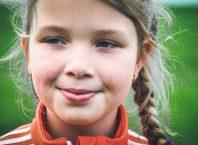 girl-casting-smiling